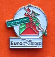 Pin´s Fantasyland - Euro Disney - Peter Pan - Palais - Disney