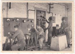 Menen, Meenen, Vrije St Lucas Vakschool, Electriekers Aan Het Werk (pk17649) - Menen