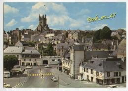 {62011} 29 Finistère Quimperlé , Vue D' Ensemble Et L' Eglise Saint Michel ; Voitures , Caravane - Quimperlé