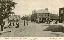 POST CARD SCOTTISH LANARKSHIRE CARLUKE THE CROSS AND MARKET PLACE 1906 - Lanarkshire / Glasgow