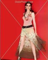 Anne Hathaway - 0566 - Glossy Photo 8 X 10 Inches - Personalità