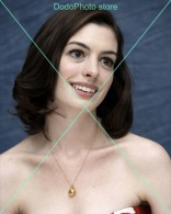 Anne Hathaway - 0583 - Glossy Photo 8 X 10 Inches - Personalità