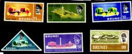 Brunei 6 Timbres Neufs ** Et * - Brunei (1984-...)