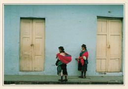 ECUADOR    OTAVALO:  VITA  DI  STRADA        (NUOVA CON DESCRIZIONE DEL SITO SUL RETRO) - Ecuador
