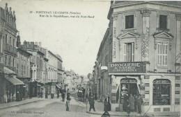 85,Vendée, FONTENAY-LE-COMTE, Rue De La République Vue Du Pont-Neuf , Animations , Scan Recto-Verso - Fontenay Le Comte
