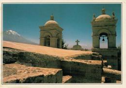 PERU�  AREQUIPA:  CATTEDRALE AI PIEDI DEL MISTI      (NUOVA CON DESCRIZIONE DEL SITO SUL RETRO)