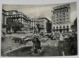 ROMA - Piazza Barberini - Auto - Carrozzella - Filobus - 1959 - Piazze