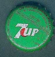 Kronenkorken SRI LANKA >7up< CAPSULES USADO GEBRAUCHT - Capsules & Plaques De Muselet
