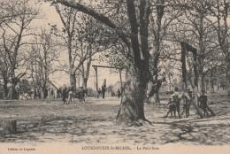 LOURDOUEIX ST MICHEL - LE PETIT BOIS - CARTE TRES ANIMEE - 2 SCANNS - - France