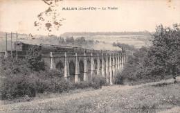 21 - Malain - Le Train Est Sur Le Viaduc - Autres Communes