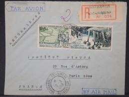 FRANCE-MADAGASCAR- Enveloppe En Recommandée De Tananrive Pour Paris En 1958     A Voir   P4455 - Madagascar (1889-1960)