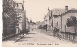88 - NEUFCHATEAU / RUE DU COLONEL RENARD - Neufchateau