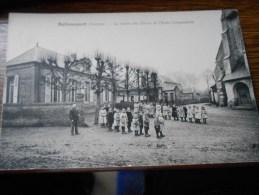 BELLANCOURT (Somme) LA SORTIE DES ELEVES DE L'ECOLE COMMUNALE - France