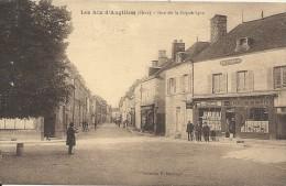 RUE DE LA REPUBLIQUE - Les Aix-d'Angillon