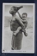 Old Africa Postcard - Missions Du Sud Afrique - Serie VIII - Mother Carrying Her Baby - Otros