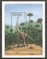 Gabon (2000). Yv. Bf. 103  /   Dinosaurs - Dinosaurios - Dinosaures - Dinosauros - Preistorici