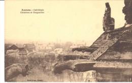 POSTAL   .-  AMIENS  -FRANCIA   -  CATHÉDRALE  - CHIMÉRES ET GARGOUILLES - Amiens