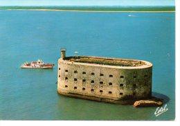 Entre L Ile D Oléron Et D Aix -- Le Fort Boyard ..... ( 2 Scanne -- Réf 14 178  ) - Ile D'Oléron