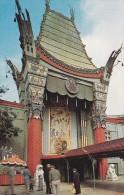 C P M---ETATS UNIS---HOLLYWOOD CALIFORNIA Entrance To Grauman´s Chinese Theatre--voir 2 Scans - Los Angeles