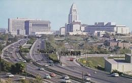 C P M---ETATS-UNIS---FREEWAYS AND THE CIVIC CENTER LOS ANGELES--voir 2 Scans - Los Angeles