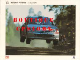 RALLYE AUTOMOBILE De FINLANDE - VOITURE PEUGEOT 206 - AUTO COURSE - PUBLICITE TOTAL & MICHELIN - 30x40 - Voitures (Courses)