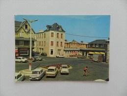 Cp   Agon  Coutainville  Le Home Familial Et La Place De Gaule - France