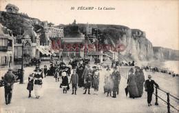 76 - FECAMP - Le Casino - Promenade - Front De Mer - Dos Vierge - 2 Scans - Fécamp