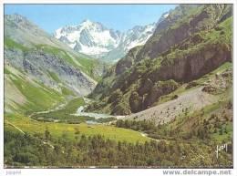 Le Bourg D´Oisans - La Vallée Du Vénéon Entre Le Bourg D´Oisans Et La Bérarde - Bourg-d'Oisans