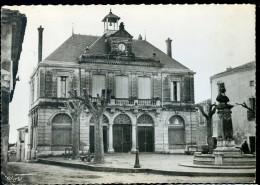 Cpsm Du 34 Thézan Mairie Et Place De La Mairie  AG15 9 - Francia