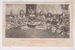 CPA WALLIS ,LE KAVA  BOISSON PREPAREE A BASE DE PLANTE POIVREE MASTIQUEE PAR LES JEUNES INDIGENES En 1904!! - Wallis Et Futuna