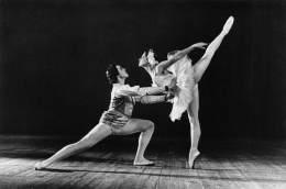 """03378 """"DANZA CLASS. - U. SOV.  M. PLISETSKAYA  N. FADEYECHEV - IL LAGO DEI CIGNI"""". FOTOCARTOLINA ORIGINALE. NON SPEDITA - Danza"""