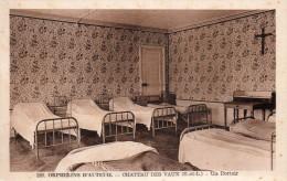 28 Chateau Des Vaux Orphelins D'Auteuil Un Dortoir - Francia
