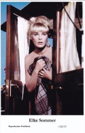 ELKE SOMMER - Film Star Pin Up - Publisher Swiftsure Postcards 2000 - Entertainers