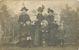 03 - Lapalisse - Carte Photo - ** Beau Portrait Famillial BONNETOT & BOUCHET ** - Généalogie - 1914 - Voir 2 Scans - Lapalisse