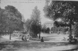 Square Des Epinettes - Piazze