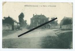 CPA - Rambures - La Mairie,le Monument - France