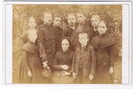 MADAME ROUSSELON ET FAMILLE  PRÊTRE MILITAIRE DU 46 ème REGIMENT  PHOTO REGIS   SCAN VERSO - Antiche (ante 1900)