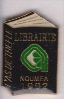 Média , Librairie L'As De Tréfle à Nouméa , Nouvelle Calédonie - Medias