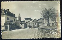 Cpsm Du 46 Sousceyrac  La Place Et L' Hôtel  Prunet        AG15 6 - Sousceyrac