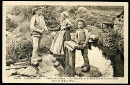 Cpa Du 29 Landivisiau  Vallée De L' Elorn , Le Meunier Et La Meunière De Pont Ar Zall , Oh La Belle Prise  AG15 28 - Landivisiau