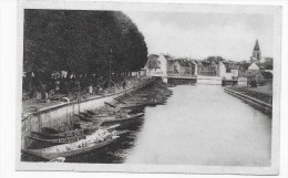 AMIENS - N° 17 - LE MARCHE SUR L' EAU - CARTE SOUPLE FORMAT CPA - Amiens