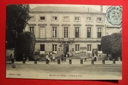 MUSSY Sur SEINE - L'HOTEL DE VILLE - Animée, Pub; Chocolat Guerin Boutron, La Prévoyance Contre Les Accidents , JC Cycle - Mussy-sur-Seine