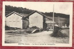 Doubs : Mouthe, La Gare A L'Arrivée De L'Automotrice - Mouthe