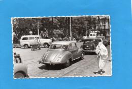 ALGER -boulevard De La République-animé-Autos-DKW -Traction Avant Citroën -et Passant -édition Jomone-années 50 - Algeri