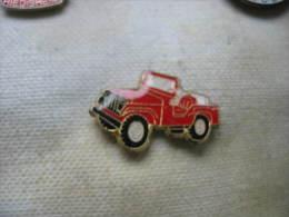 Pin´s Jeep Des Sapeurs Pompiers - Bomberos