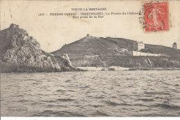 Perros-guirec Trestrignel La Pointe Du Château Vue Prise De La Mer - Perros-Guirec