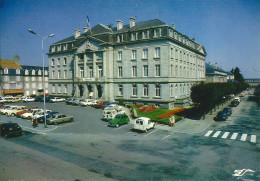 GUERET  - L, HOTEL  De  Ville (  Citroen 2CV Camionnette , ) - Guéret
