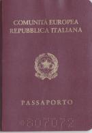 PASSAPORTO /  PASSAPORT  -  Repubblica Italiana _  Marche Da Bollo - Documenti Storici