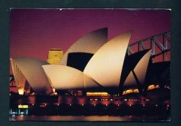 AUSTRALIA  -  Sidney  Opera House By Night  Unused Postcard As Scan - Sydney