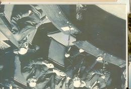 g�n�ral de gaulle -dans l'h�micycle seul au banc du gouvernemnt-cpm assembl�e nationale